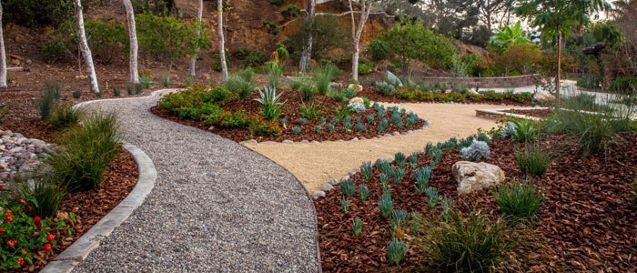 eco-friendly-landscape-construction-recycled-mulch - Eco-Friendly Landscape Construction Techniques
