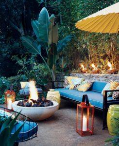 backyard-living-room